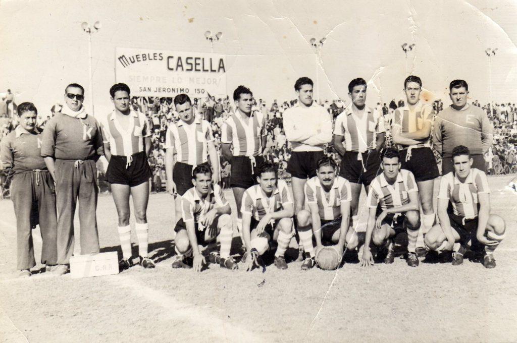 07 – 1953 – Formación campeona 1